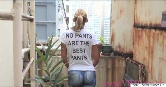 Une mannequin se promène sans pantalon à Hong Kong, et personne ne s'en rend compte
