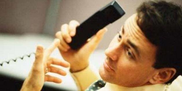 Le téléphone fixe perd du terrain, mais reste le principal mode de