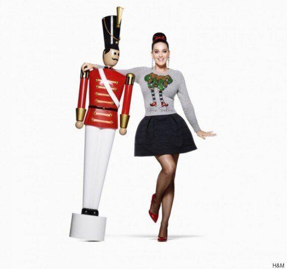 Les premiers clichés de Katy Perry pour la campagne du temps des fêtes de H&M dévoilés