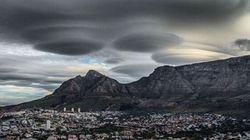 Des nuages en forme de soucoupes volantes au-dessus de l'Afrique du Sud