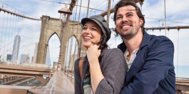 USA, New York State, New York City, Brooklyn, Happy couple on Brooklyn