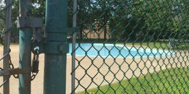 Malgré la chaleur, la moitié des piscines de Longueuil sont