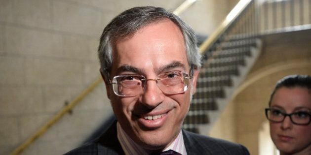 Tony Clement se lance dans la course à la direction du Parti