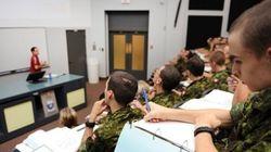 Harper veut ramener la vocation universitaire du Collège militaire de