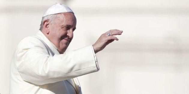 Un demi-million de catholiques pressent le pape de condamner les unions entre