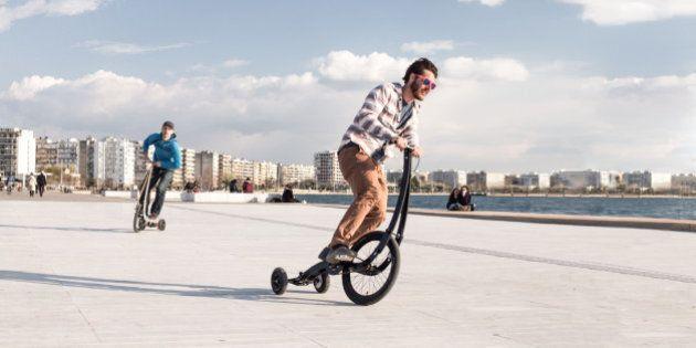 Halfbike, le vélo du futur qui se conduit debout