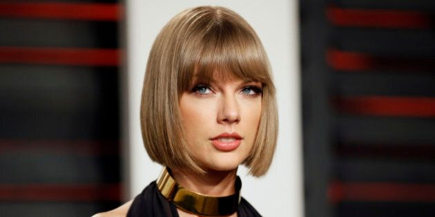 Singer Taylor Swift arrives at the Vanity Fair Oscar Party in Beverly Hills, California February 28,...