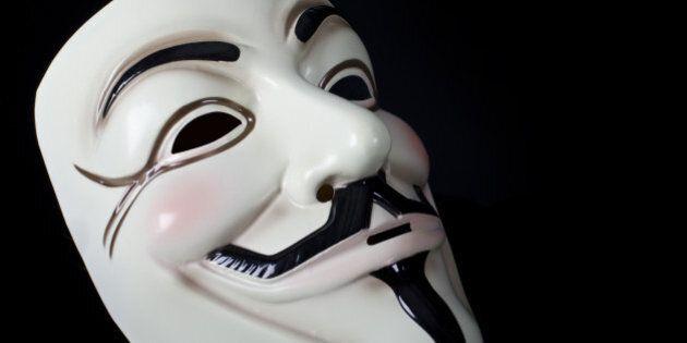 Anonymous promet de démasquer 1 000 membres du Ku Klux
