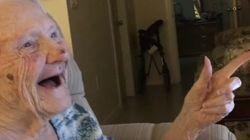 La réaction d'Albina, 101 ans, à sa propre vidéo virale est