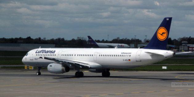 Dublin Airport, Ireland.Operating flight LH979 to Lufthansa's main hub, Frankfurt-am-Main.A FedEx cargo...