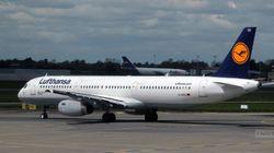Un passager d'un vol Lufthansa
