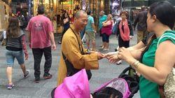 Des faux moines bouddhistes sévissent à New