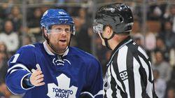 Les Maple Leafs font rire d'eux sur la patinoire et à