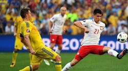 Euro 2016: la Pologne bat son voisin