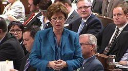 La ministre Finley blâmée pour un « traitement de faveur » d'un million de