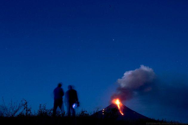 Impressionnante éruption d'un volcan inactif depuis 110 ans au Nicaragua