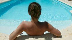 La Suède autorise une personne transgenre à nager seins nus à la