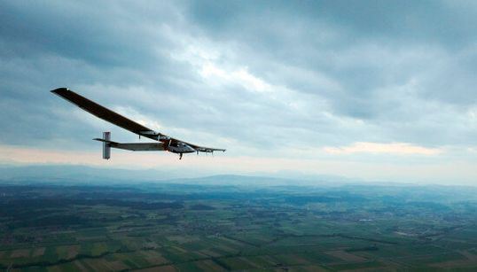 Solar Impulse 2 entame son tour du