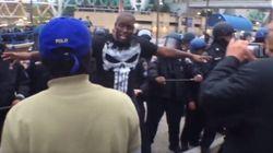 Baltimore : Au milieu des émeutes, cet homme prône une approche non