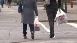 Interdiction des sacs de plastique: Coderre sur la
