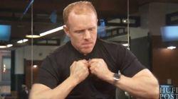 Cet homme fort peut tordre l'acier à mains nues