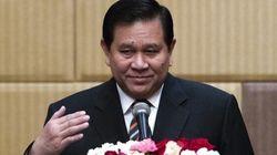 Le chef de la diplomatie thaïlandaise amoureux de son homologue