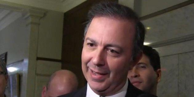 Assurance parentale: Québec annonce une légère baisse de cotisation au