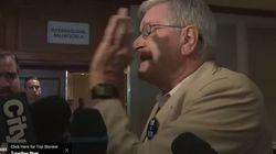 Les militants de Harper s'en prennent aux journalistes