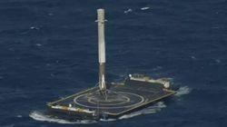 SpaceX réussit pour la première fois à poser le 1er étage de sa fusée sur une barge en