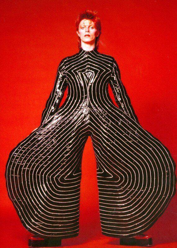 Les métamorphoses de David Bowie en quatre