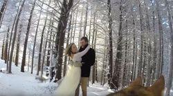Un couple fait filmer son mariage par son chien