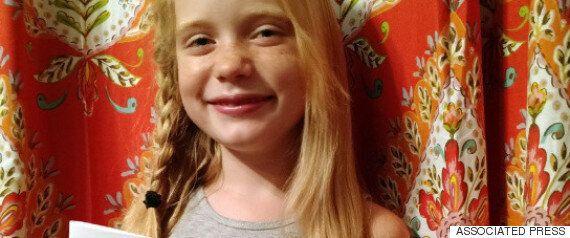 Cette journaliste de 9 ans se fait critiquer pour avoir couvert un meurtre. Elle les remet à leur