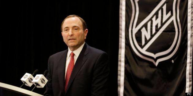 Hockey: aucune équipe ne sera délocalisée à Québec, déclare le commissaire de la LNH Gary