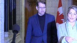 Accrochage entre journalistes et ministres à Ottawa