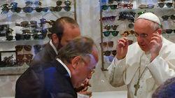 Le pape dans le centre de Rome pour s'acheter des lunettes