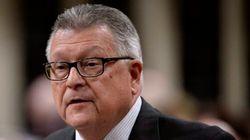 Ottawa veut abolir la détenion d'enfants migrants, indique le ministre