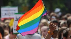 La fonctionnaire américaine qui s'oppose à la loi du mariage gai est condamnée à la prison