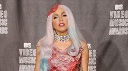 À quoi ressemble la robe en viande que portait Lady Gaga lors des MTV Video Music Awards