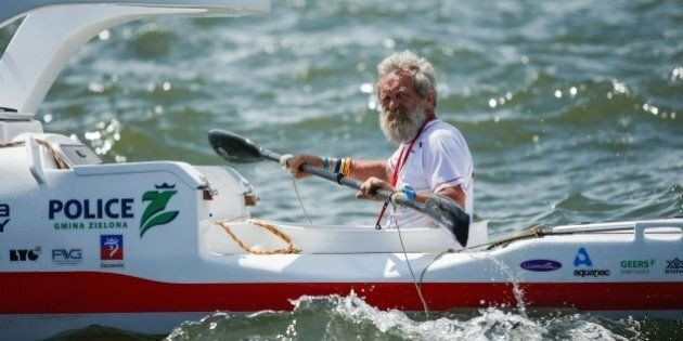 TOPSHOT - Polish kayaker Aleksander Doba sails during the start of his translatlantic kayak adventure from New York to Lisbon on May 29, 2016 in New York.Doba says this will be his toughest challenge yet, but that he feels like a young man and 'will not pretend to be old.' / AFP / EDUARDO MUNOZ ALVAREZ        (Photo credit should read EDUARDO MUNOZ ALVAREZ/AFP/Getty Images)