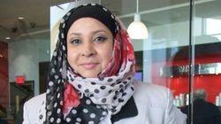 Son père lui demande de retirer son hijab pour éviter d'être