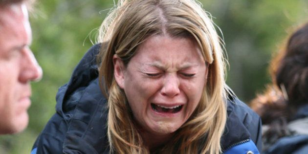 «Grey's Anatomy» S11E21: La mort de l'un des personnages principaux laissent les fans en état de choc...