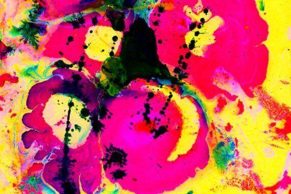 Atteint de synesthésie, ce peintre entend les