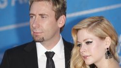 Avril Lavigne annonce son célibat sur Instagram