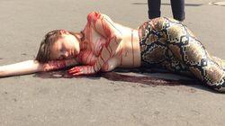 PETA proteste contre Hermès et sacs en python à Montréal devant Holt