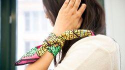 9 façons de porter le foulard de soie, illustrées par des
