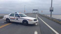 Le pont de la Confédération fermé après un accident