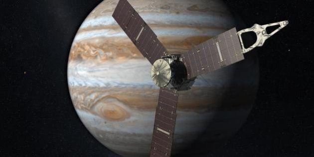 Bonne année 2016! Éclipses, fusées et satellites: tout ce qui va se passer dans l'espace en