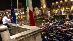 Salvini parla dallo stesso balcone del Duce. Polemica social:
