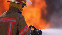 Un incendie ravage l'hôtel de ville de Sainte