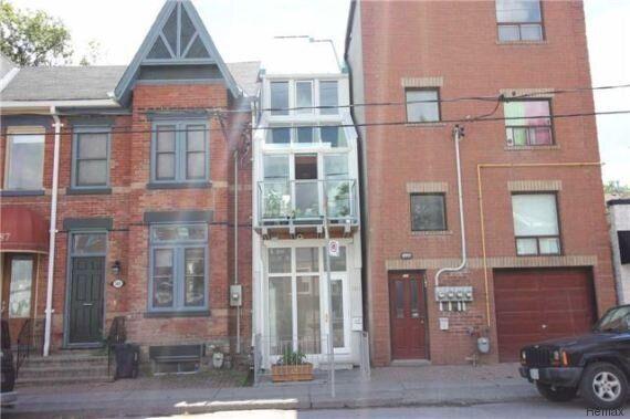 La maison «la plus étroite» de Toronto est à vendre